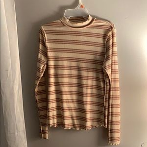 Free People cute and lightweight long sleeve